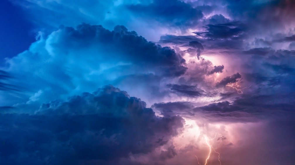 thunderstorm-3625405_1280